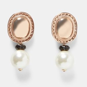NWT Large Oval Gold Simulated Pearl Drop Earrings